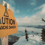 Im Westen Tirols gilt mittlerweile die höchste Lawinenwarnstufe fünf