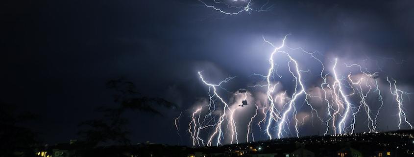 130000 Blitze am Himmel über Österreich