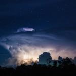 Wie entstehen Blitze?