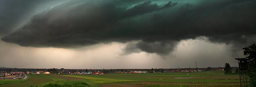 UBIMET - Kaltfront sorgt am Samstag im Süden und Osten für Unwettergefahr
